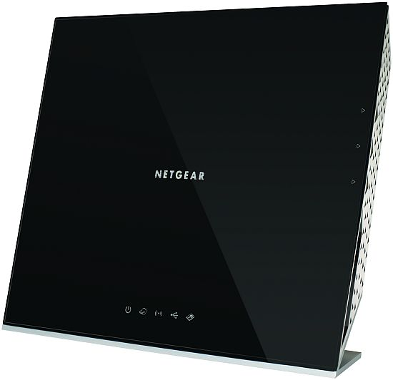 NETGEAR WNDR4700 Media Storage Router