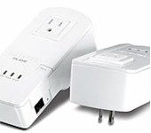 Trendnet TPL-304E2K 200Mbps Powerline AV Adapter Kit with Bonus Outlet