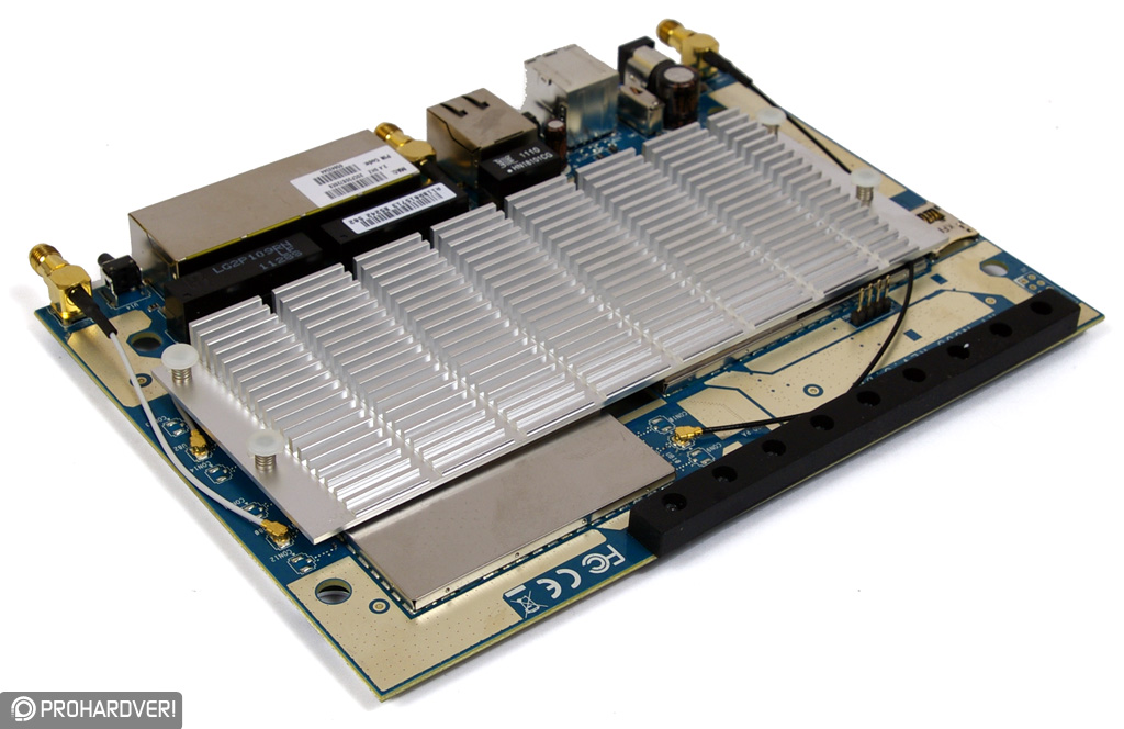 RT-N66U B1board w/ heatsink