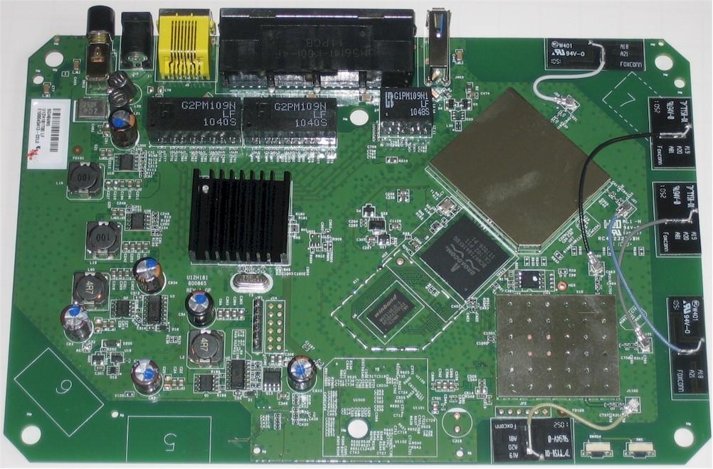 NETGEAR WNDR4000 N750 Wireless Dual Band Gigabit Router