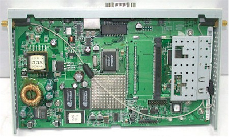 SMC2552W-G and 3Com 3CRWE725075A board
